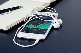 the working of smartphone speakers